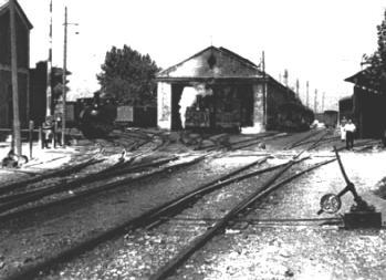 Depósito de locomotoras en la estación de Carcaixent