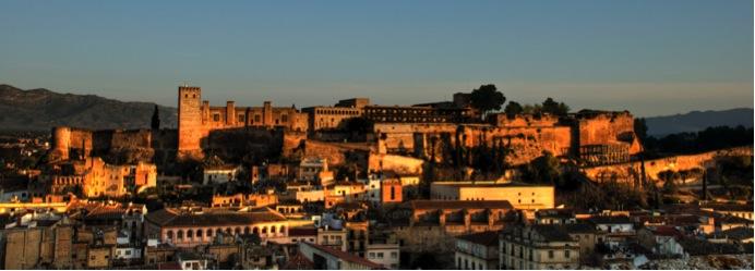 Vista de Tortosa y del Castell de la Suda
