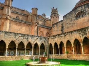 Claustro del Palacio Episcopal de Tortosa