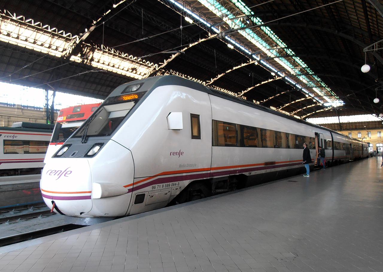 Tren Serie 599 de Renfe que nos llevó a Teruel