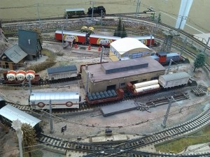 ¡Todas las vías llenas de trenes!