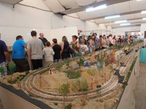 El local de exhibiciones durante unas puertas abiertas de verano